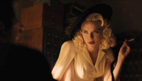SCARLET JOHANSSON se bo prelevila v pravo fatalko iz zlatih let Hollywooda